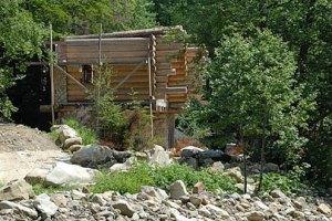 Ющенко строит себе отель в Карпатах