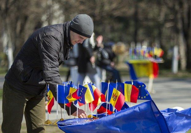 Во время марша за объединение с Румынией, Кишинев