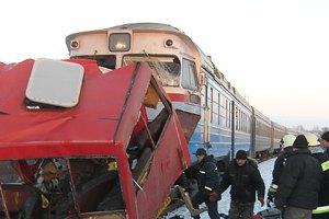Под Сумами поезд врезался в маршрутку, 12 погибших (обновлено)