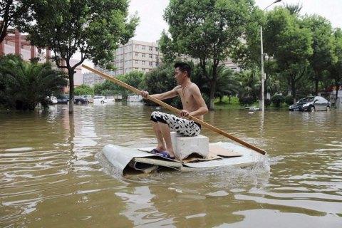 Наводнение в Китае унесло жизни более 150 человек