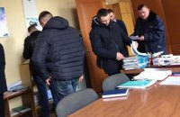Правоохранители снова пришли с обысками на предприятия Новинского