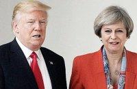 Трамп закликав Терезу Мей не поспішати з відставкою і дочекатися укладення торговельної угоди зі США