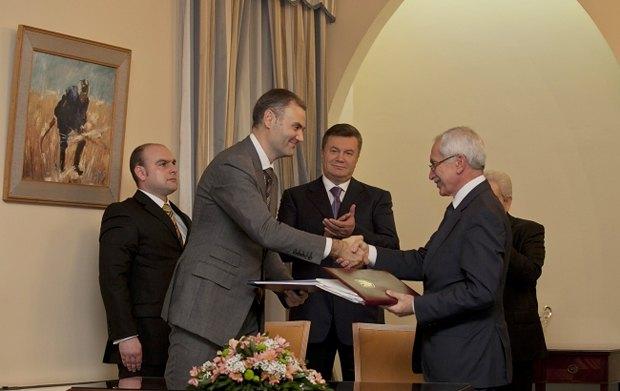 Министры финансов Юрий Колобов и Харилаос Ставракис подписали Конвенцию