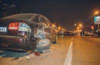 В Днепре водитель BMW на большой скорости протаранил 10 автомобилей
