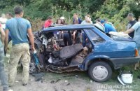 """Пять человек пострадали в результате столкновения """"Тойоты"""" с """"ВАЗом"""" в Полтавской области"""