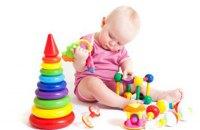 Розвивальні іграшки для найменших: битва брендів