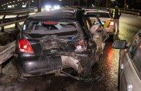 В Киеве на Южном мосту случилось тройное ДТП