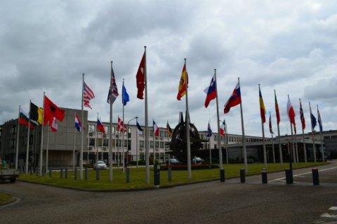 Министры обороны НАТО обсудят вмешательство России в сирийский конфликт