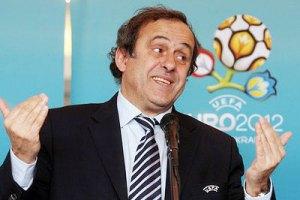 Платини еще четыре года будет править европейским футболом