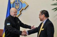 Турчинов обсудил закон о деоккупации Донбасса с послом Японии