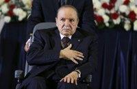 82-летний президент Алжира пошел на пятый срок
