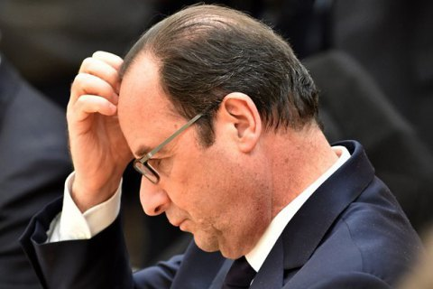 Парламент Франції відхилив проект резолюції про імпічмент Олланда