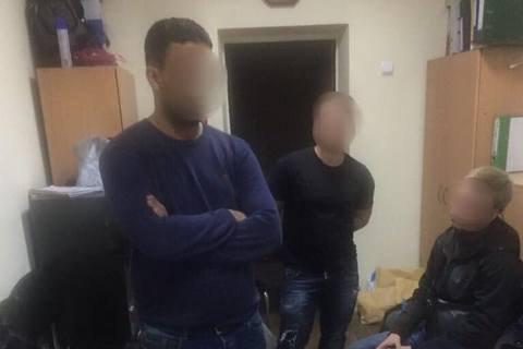 В Киеве поймали мошенников, которые обманули бизнесмена из Саудовской Аравии на $500 тыс.