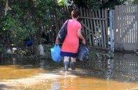 У затопленому Кримську люди пікетували місцеву владу