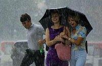 У середу в Києві обіцяють короткочасні дощі та грози