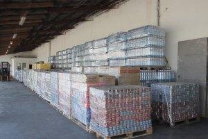 В Харькове разгрузили первые 10 грузовиков гумпомощи из Германии