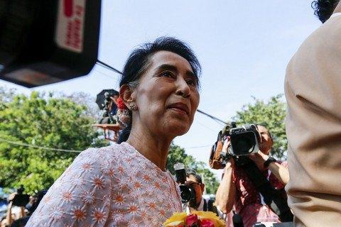 Військова хунта звинуватила колишню лідерку М'янми Аун Сан Су Чжі в корупції