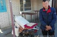 В Киевской области мужчина ограбил церковь и пытался скрыться на чужом мопеде