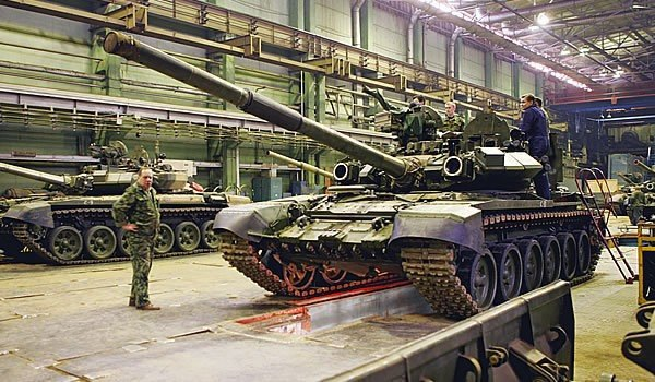 В цеху Уралвагонзавода,танк