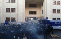 В Грузии спецназ разогнал акцию оппозиции возле парламента