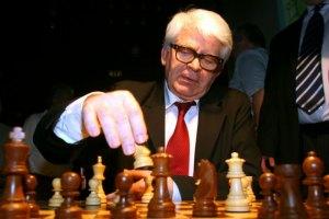 Зник десятий чемпіон світу з шахів