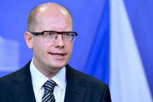 Чеський прем'єр: чехи та словаки скептично ставляться до санкцій проти РФ