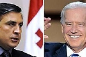 Байден пообещал Саакашвили поддержку США