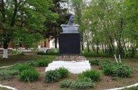 В селе возле Харькова не демонтировали Чапаева