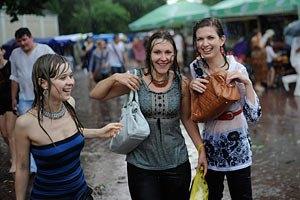 Завтра в Киеве дождливо, до +26