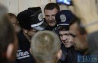 """В округе 223 милиция и """"свободовцы"""" снова дерутся"""