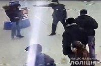 В Кременчуге на остановке застрелили мужчину