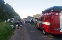 У ДТП на трасі Київ-Одеса постраждали дев'ять осіб (оновлення)