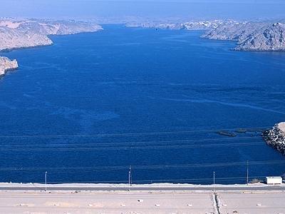 озеро Насера