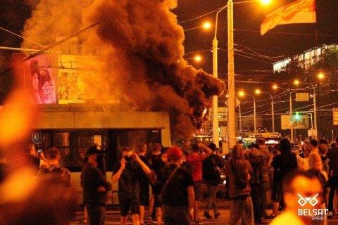 У Мінську ОМОН використав проти протестувальників світлошумові гранати і гумові кулі