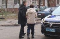 В Киеве женщина выбросила из окна многоэтажки тяжелобольного мужа