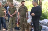 Порошенко на Донеччині передав 10-й окремій гірсько-штурмовій бригаді комплект відеоспостереження