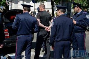 В Борисполе задержали вооруженных людей, которые стреляли