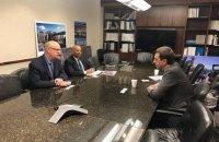 Омелян у США обговорив можливість прямого авіасполучення між Києвом і Лос-Анджелесом