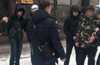 В Сумах задержали пограничника, который вместе с двумя экс-силовиками вымогал 40 тыс. грн от местного жителя
