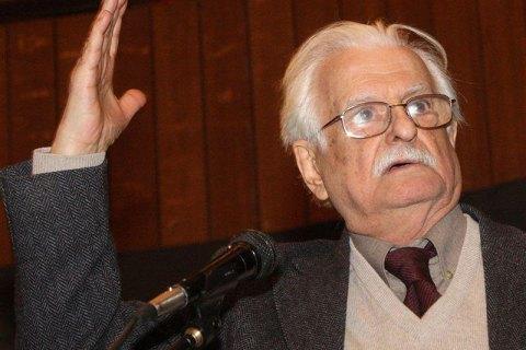 Умер известный советский режиссер Марлен Хуциев