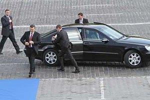 Охранники Януковича пытались не пустить журналистов на Форум редакторов