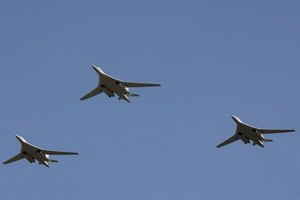 США: російські літаки у п'ятницю порушили авіапростір України