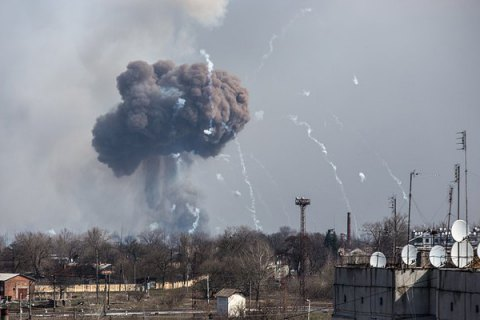 В Генштабе сообщили об уменьшении интенсивности взрывов на арсенале в Балаклее