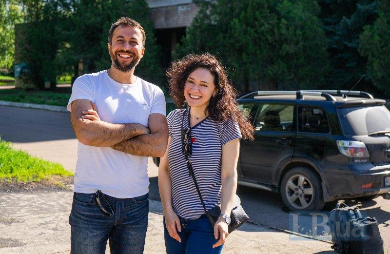 Азад і Лєна щомісяця разом проводять на Донбасі два тижні, працюючи з дітьми