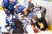 """Під час київського дербі трапилася бійка хокеїстів """"Крижаних Вовків"""" і """"Сокола"""""""