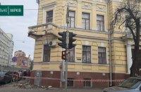 У центрі Харкова обвалився балкон Художнього музею