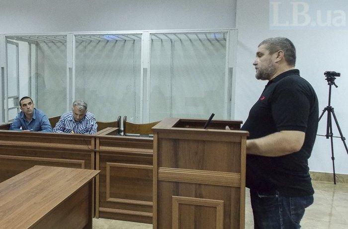 Потерпілий Дмитро Фортунатов дає свідчення під час засідання 21 травня 2018.