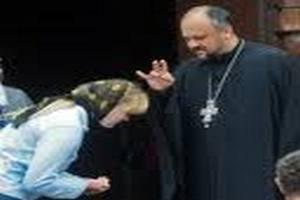 В Хорватии священники благословляют машины