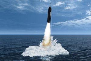 Во Франции во время учений взорвалась межконтинентальная ракета