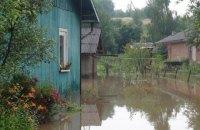 На Прикарпатье из-за непогоды подтоплены более 200 жилых домов